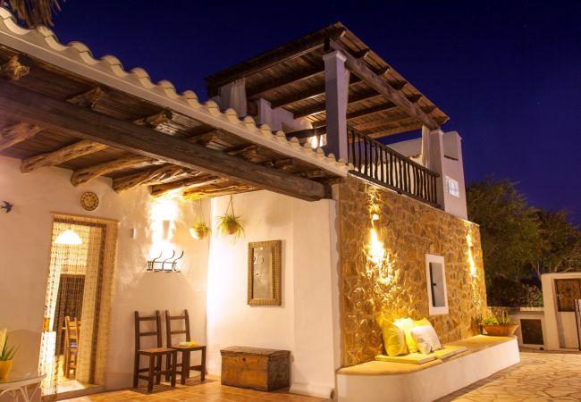 Gîte Rural à Sant Josep de Sa Talaia - VILLA CORAZON