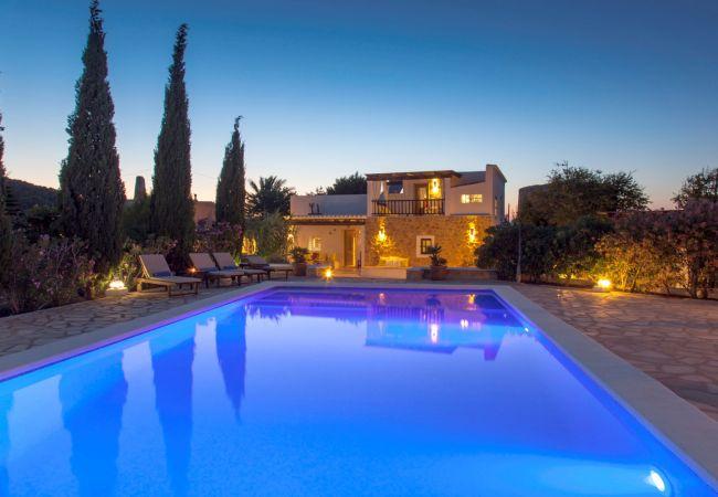 Cottage in Sant Josep de Sa Talaia / San Jose - VILLA CORAZON