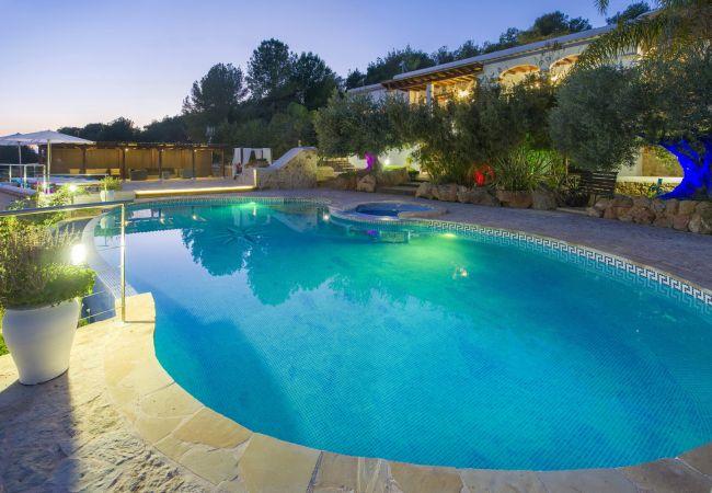 Villa in Sant Antoni de Portmany - VILLA BUSCASTELLS