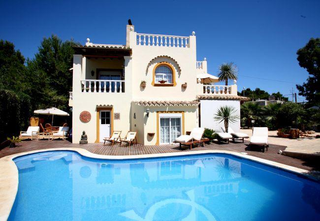 Villa in Santa Eulalia des Riu - CASA ALBA