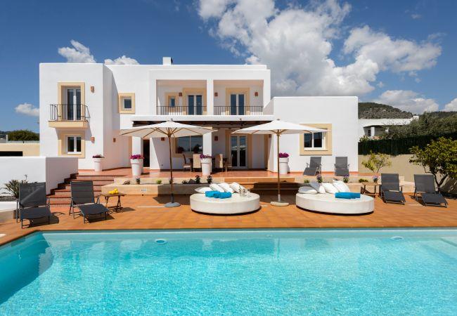 Villa in Ibiza - VILLA MARA